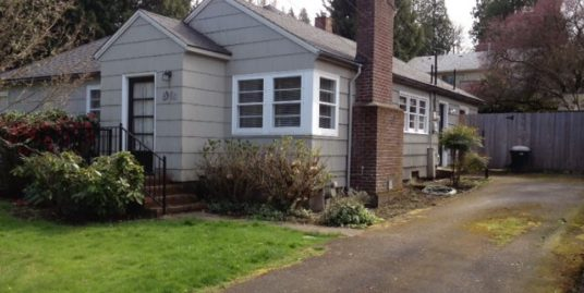 4914 SW Boundary St, Portland, Oregon