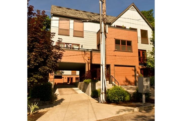 5041 SW View Point Terrace, Portland, Oregon