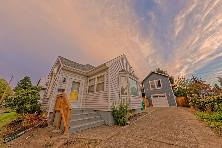 5524 SE Oak Street, Portland, Oregon