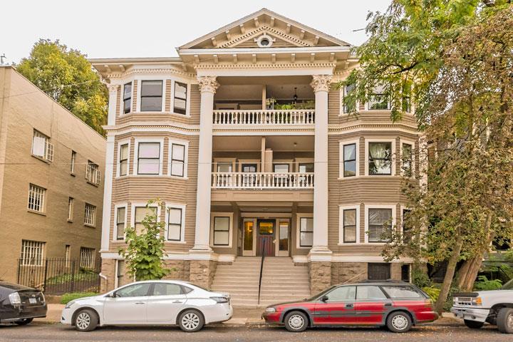 2046 NW Flanders Street, #46, Portland, Oregon 97209